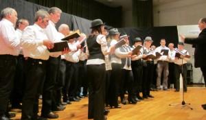 Männerchor und Modern Music Chorus